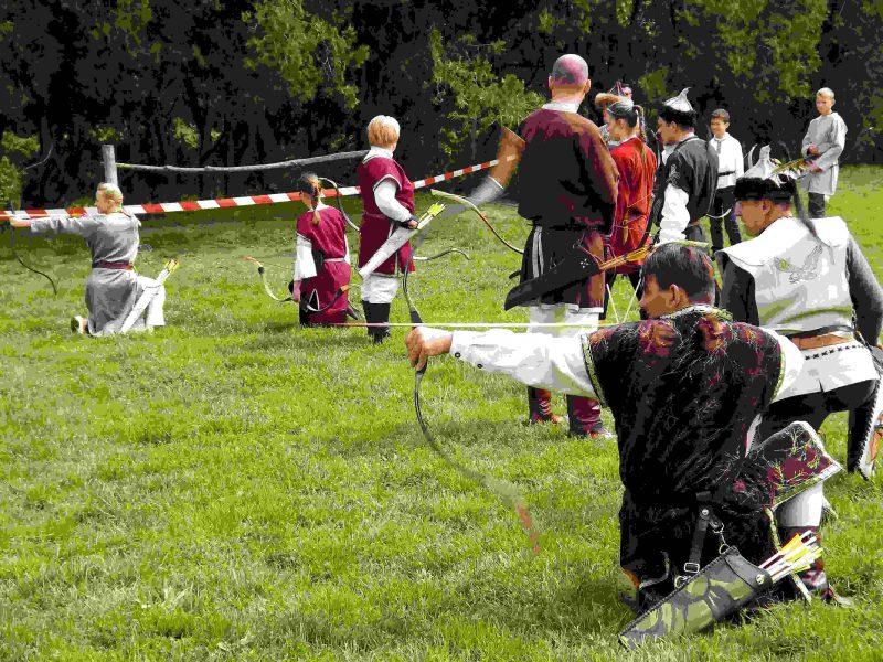 Szombaton az iszkai íjászok is tartanak bemutatót (Fotó: Iszkaszentgyörgyi Sólymok)